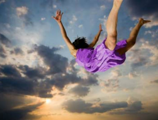 Water, teeth falling out and being chased: Dreams explained